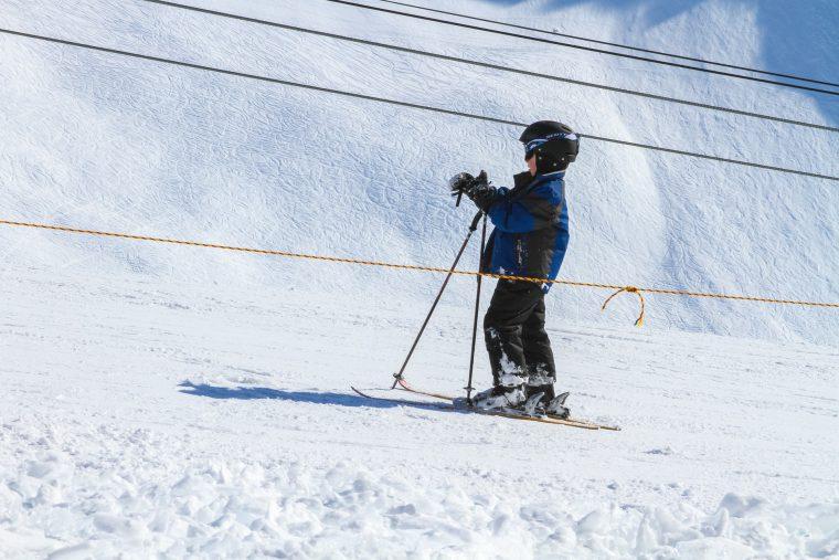 Što djeca mogu očekivati od dana provedenog u našoj školi skijanja?